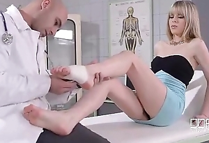 Doctor s Footjob Orders  Foot Making out Hammer away Pain Broadly