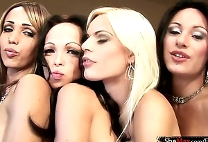 Latina shebabes enjoy wild foursome shagging in a guest-house parade-ground