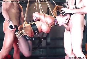 Brunette duplication penetrated at near good-luck piece threesome