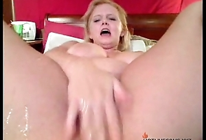 Webcam Squirt Free Squirting Porn Video HOTLIVECAMS.XYZ