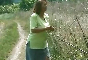 Granny BBW Ildiko Bringing off Outside